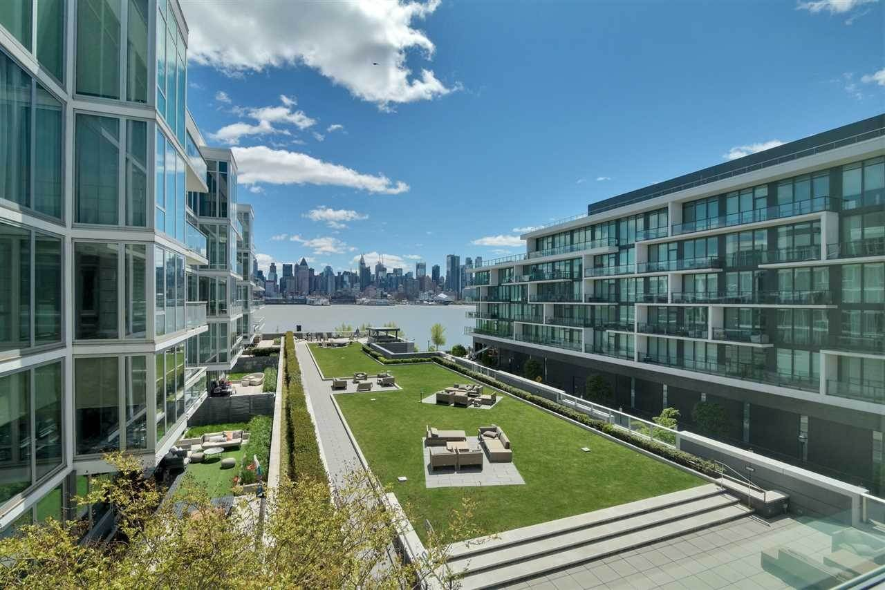 Condominiums for Rent at 1000 Avenue At Port Imperial #501 Weehawken, New Jersey 07086 United States