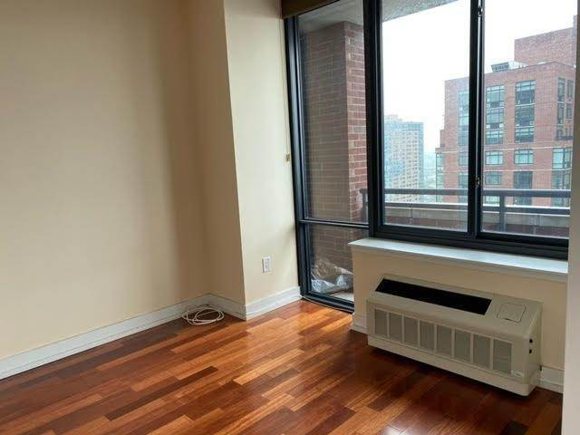 7. Residential for Rent at 389 Washington Street #33C Jersey City, New Jersey 07302 United States