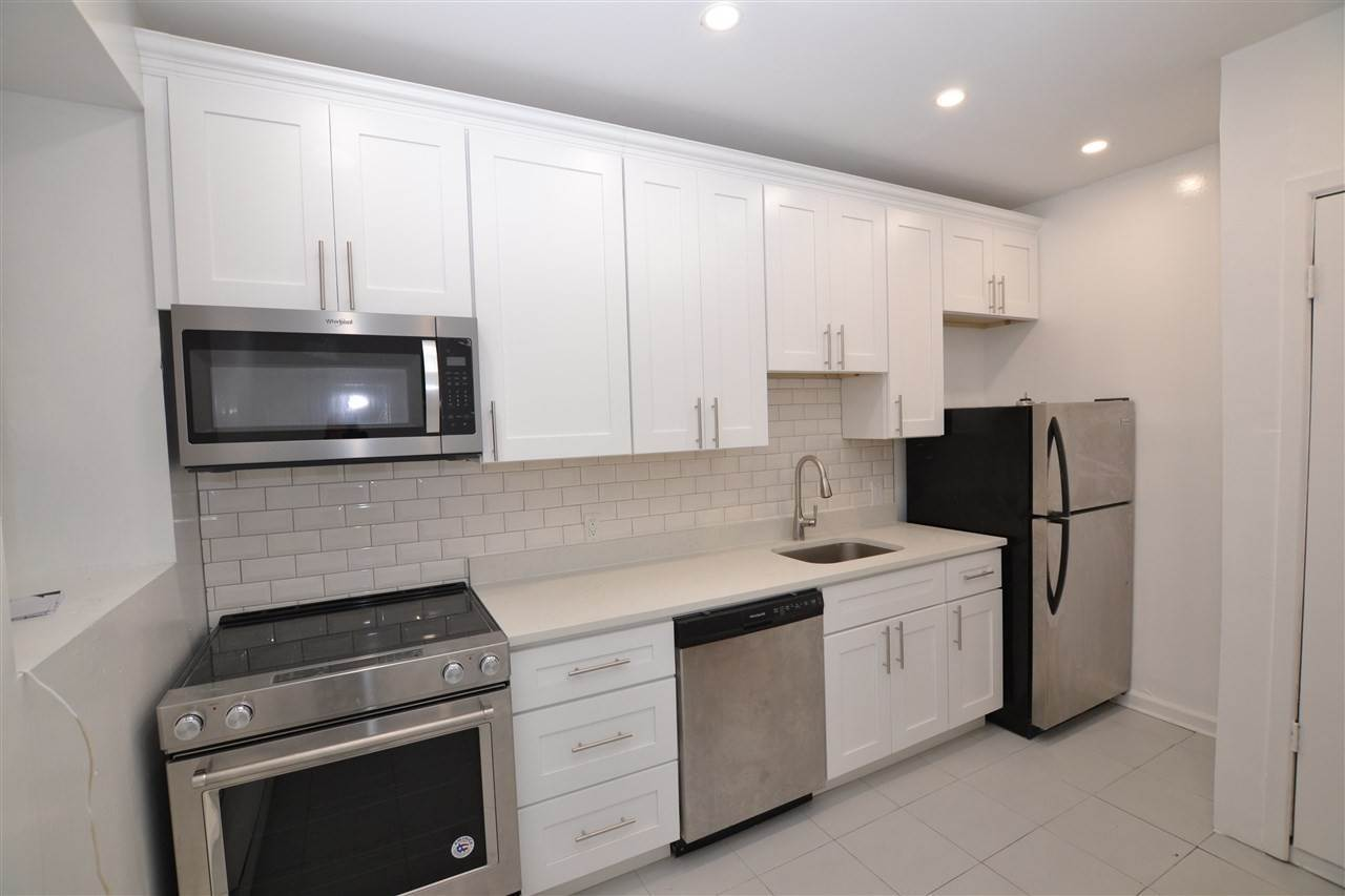4. Residential for Rent at 318 Hudson Street #1F Hoboken, New Jersey 07030 United States