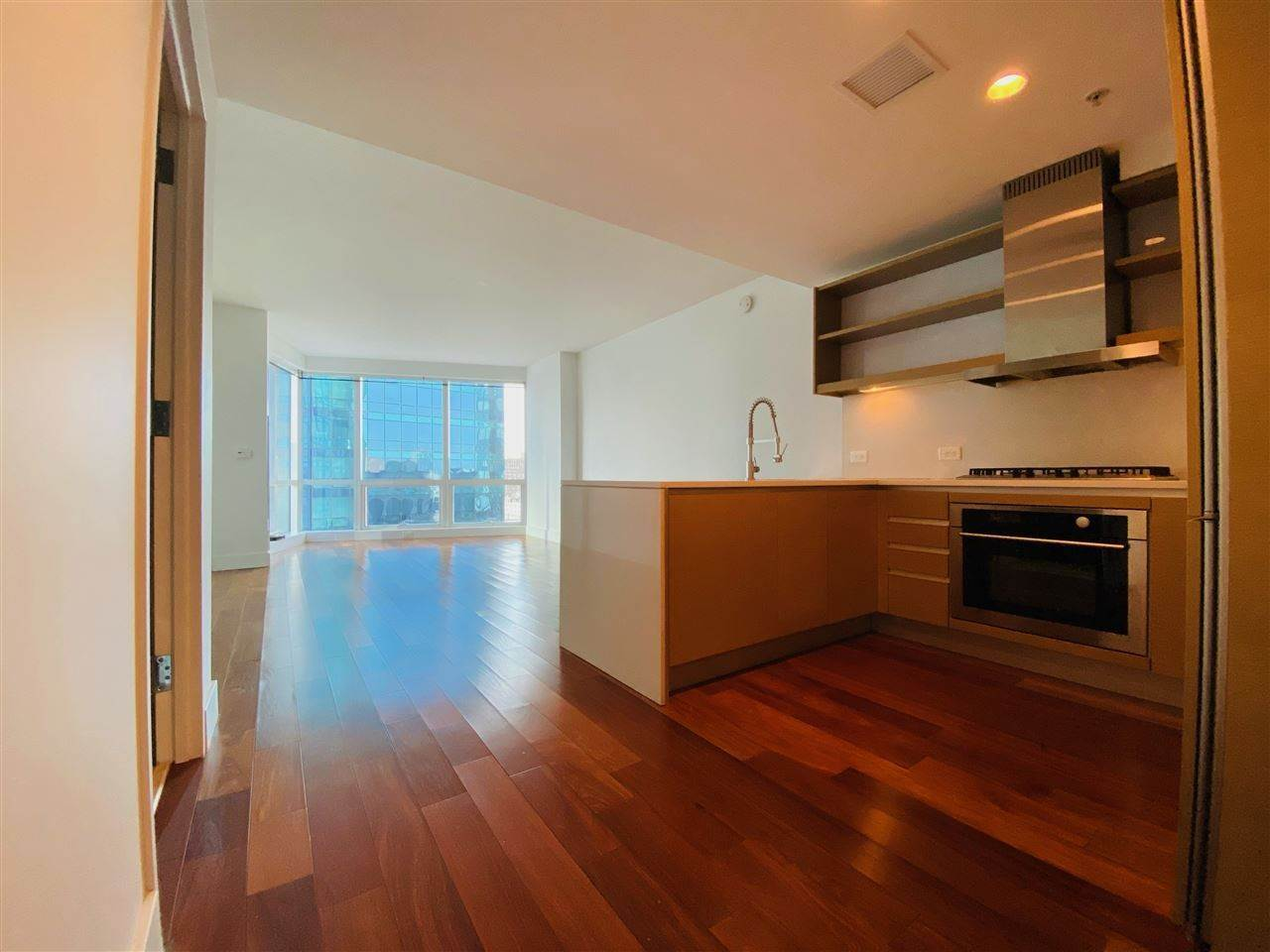 4. Condominiums for Rent at 77 Hudson Street #1801 Jersey City, New Jersey 07302 United States