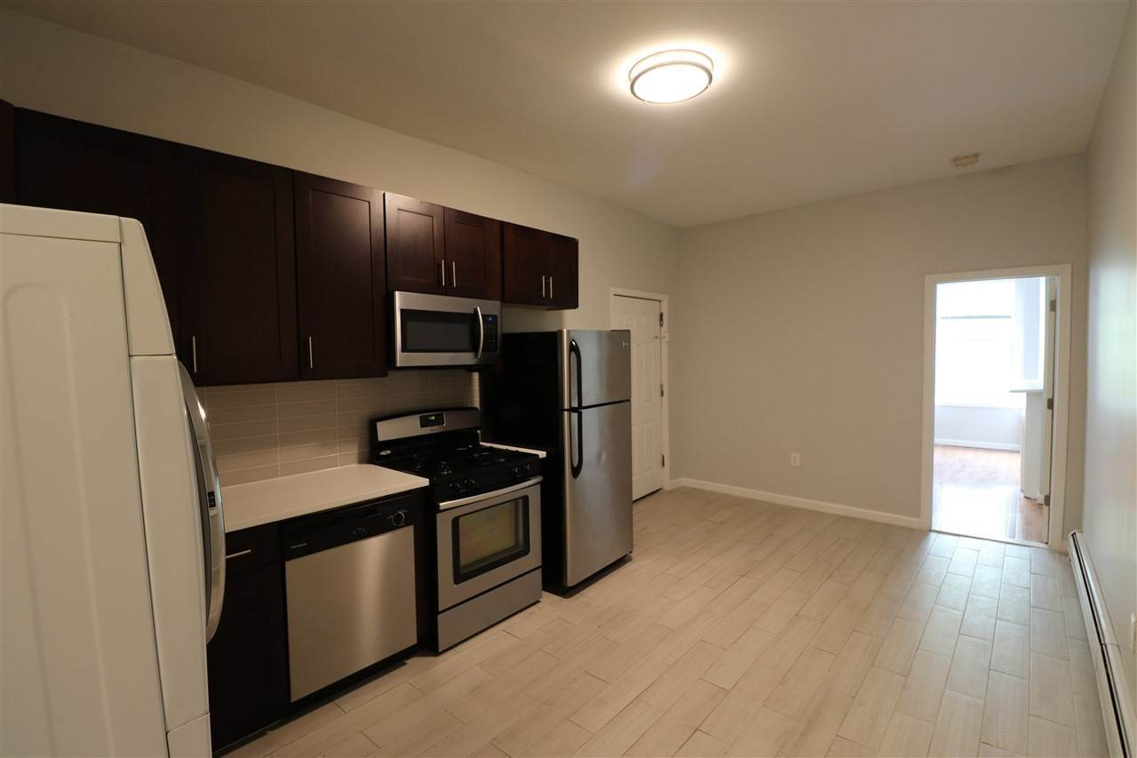 3. Apartments for Rent at 96 Wayne Street Jersey City, New Jersey 07302 United States