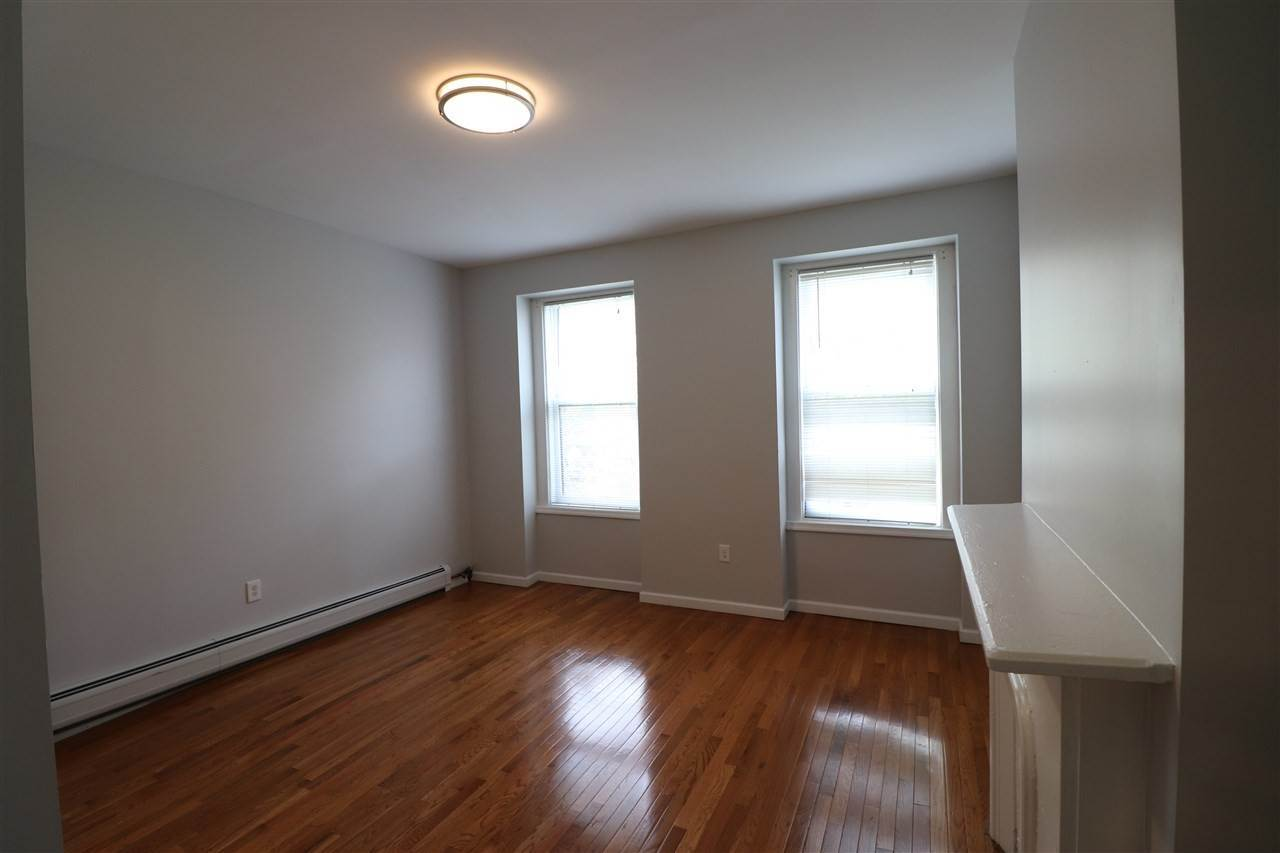 4. Apartments for Rent at 96 Wayne Street Jersey City, New Jersey 07302 United States