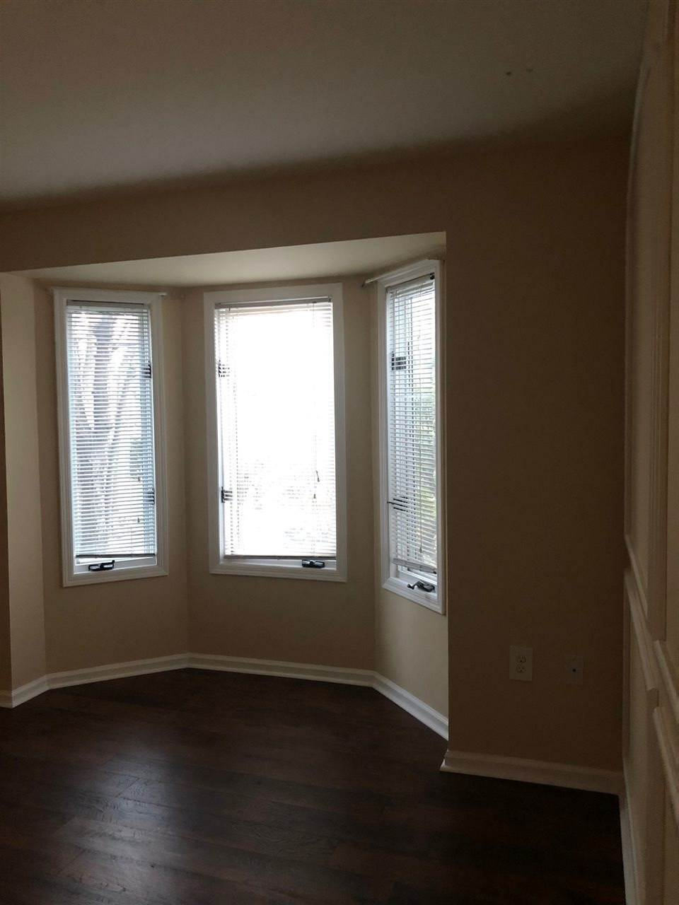 10. Apartments for Rent at 201 Street Michaels Walk #201 Union City, New Jersey 07087 United States