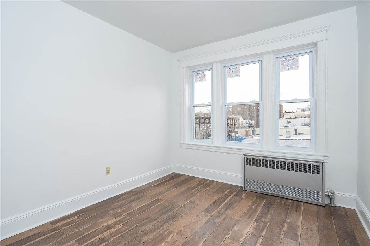 3. Residential for Rent at 120 De Kalb Avenue #5 Jersey City, New Jersey 07306 United States