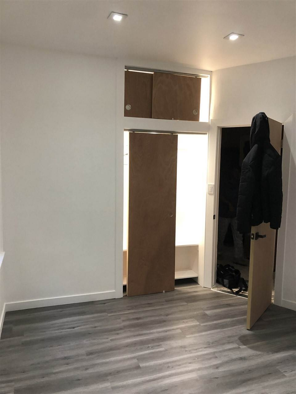 9. Residential for Rent at 196 Danforth Avenue #1 Jersey City, New Jersey 07305 United States