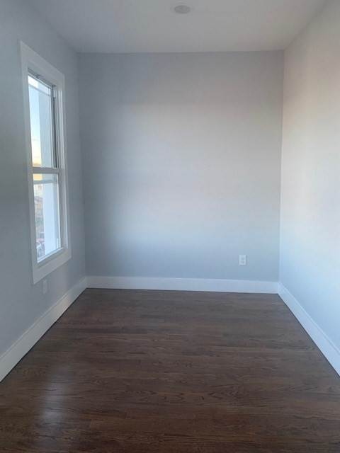 4. Residential for Rent at 23 Morton Place #2 Jersey City, New Jersey 07305 United States