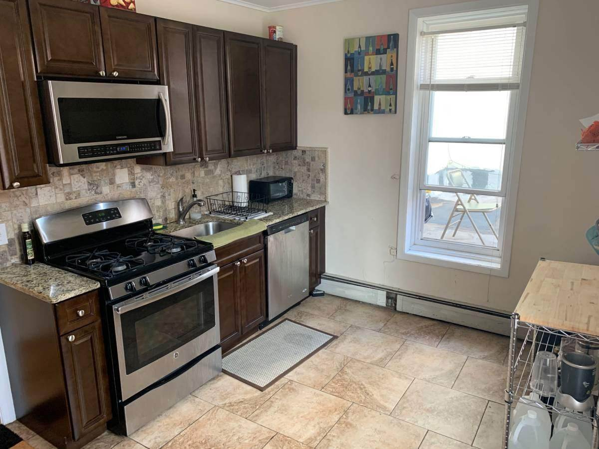 3. Apartments for Rent at 401 Bloomfield Street #1 Hoboken, New Jersey 07030 United States