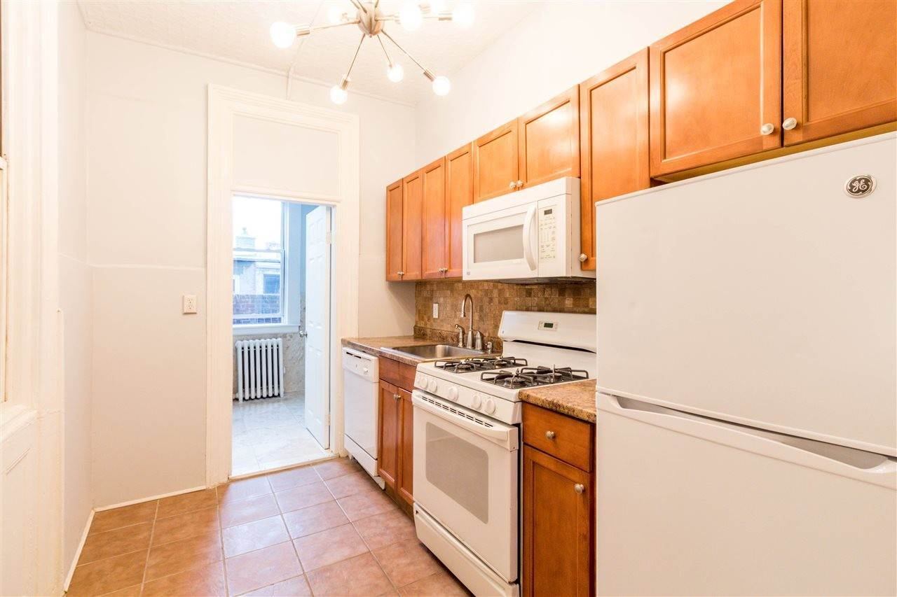 7. Apartments for Rent at 322 Washington Street #2 Hoboken, New Jersey 07030 United States