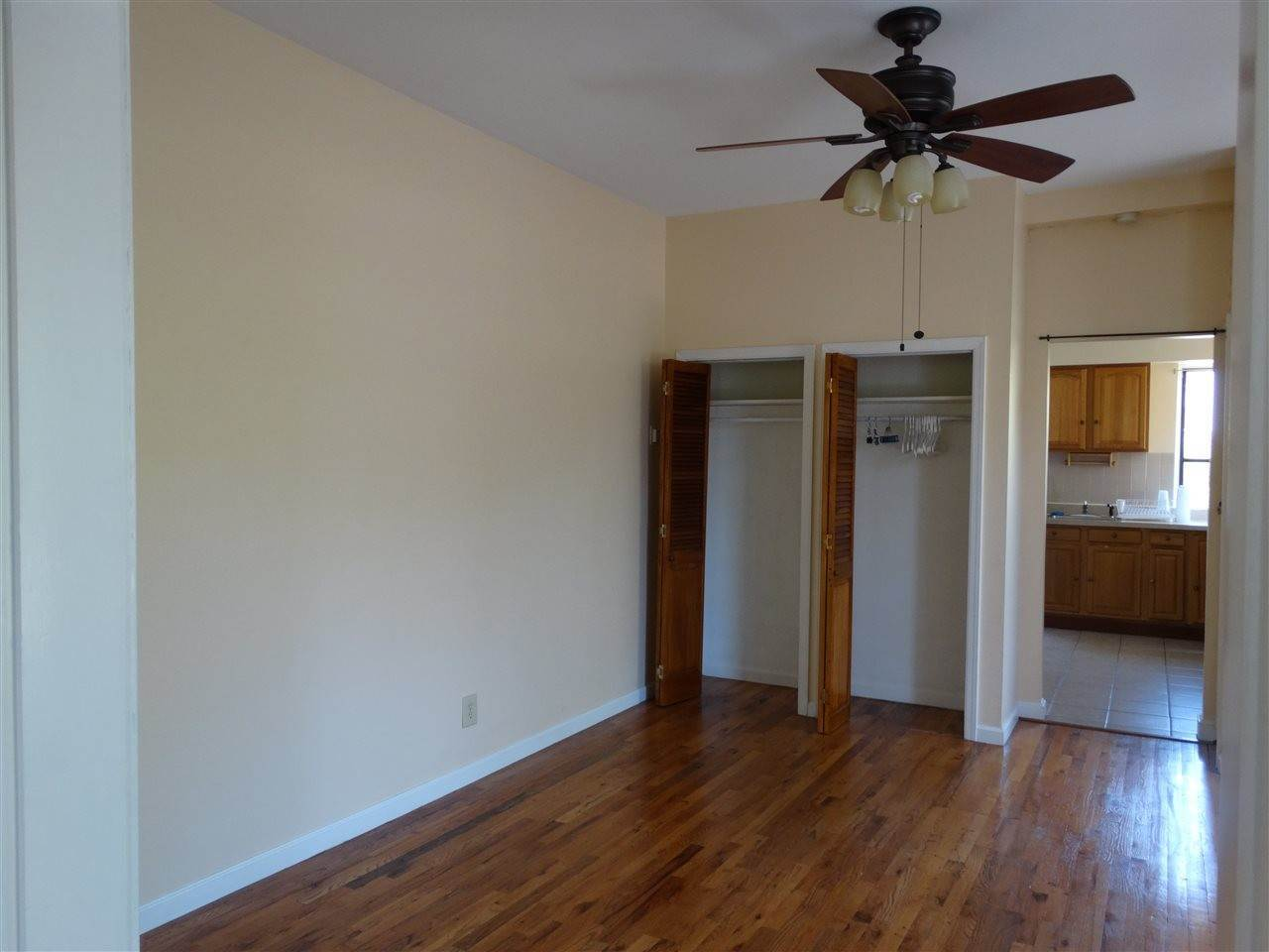 5. Residential for Rent at 121 Erie Street #4 Jersey City, New Jersey 07302 United States
