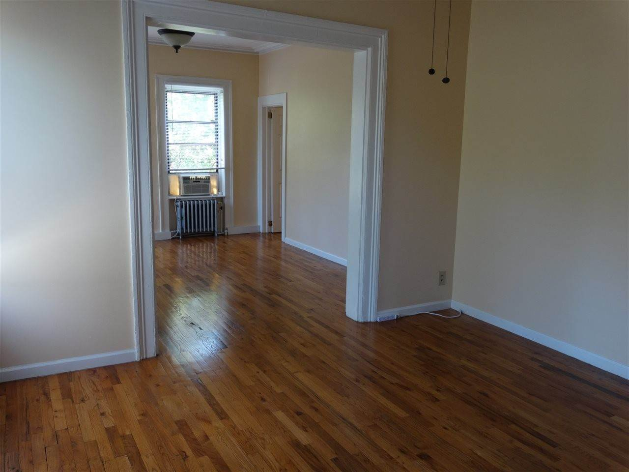 7. Residential for Rent at 121 Erie Street #4 Jersey City, New Jersey 07302 United States