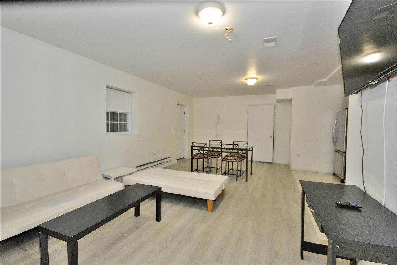3. Apartments for Rent at 36 Jewett Avenue #G Jersey City, New Jersey 07304 United States