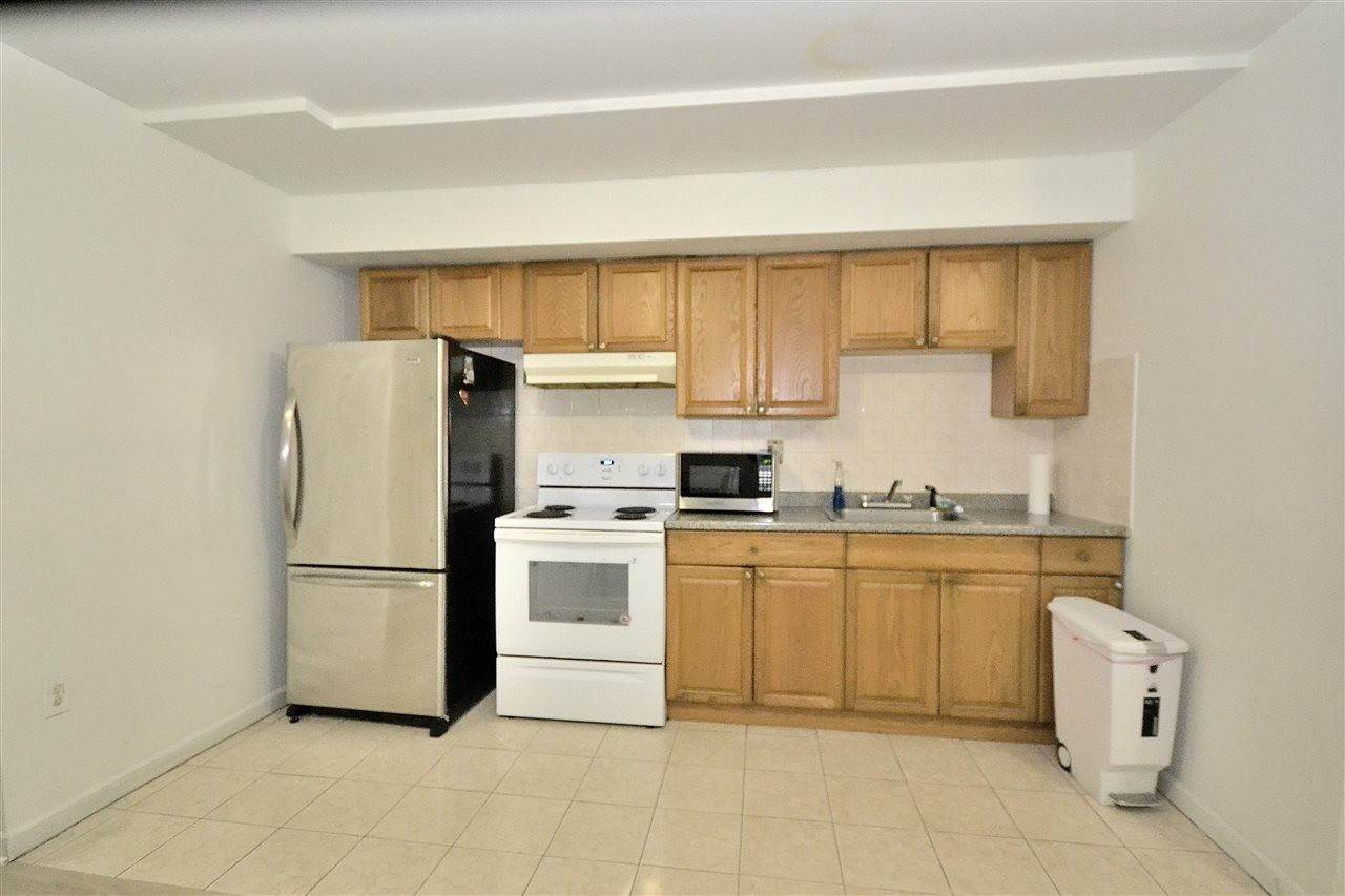 4. Apartments for Rent at 36 Jewett Avenue #G Jersey City, New Jersey 07304 United States