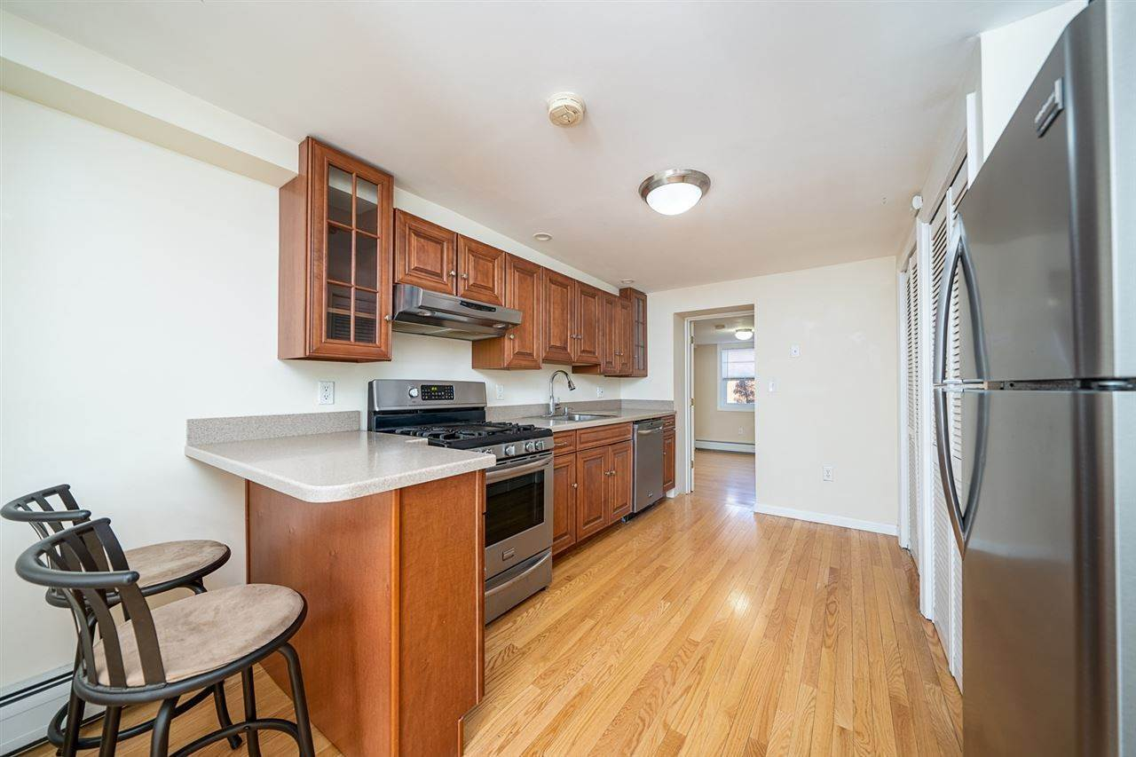 7. Apartments for Rent at 238 3rd Street #G Jersey City, New Jersey 07302 United States