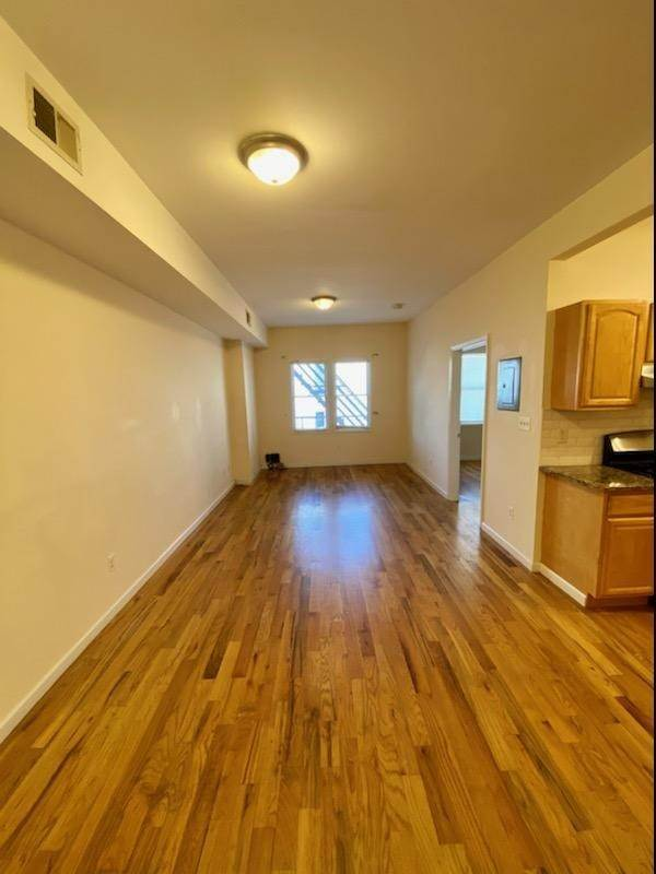 16. Residential for Rent at 391 Broadway #3r Bayonne, New Jersey 07002 United States