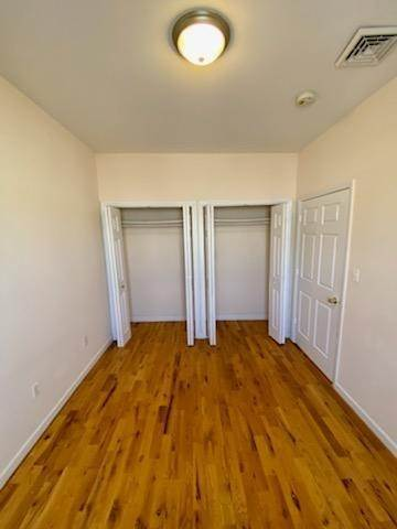 10. Residential for Rent at 391 Broadway #3r Bayonne, New Jersey 07002 United States