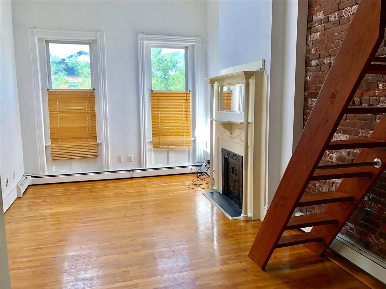 2. Residential for Rent at 97 Bright Street #4L Jersey City, New Jersey 07302 United States