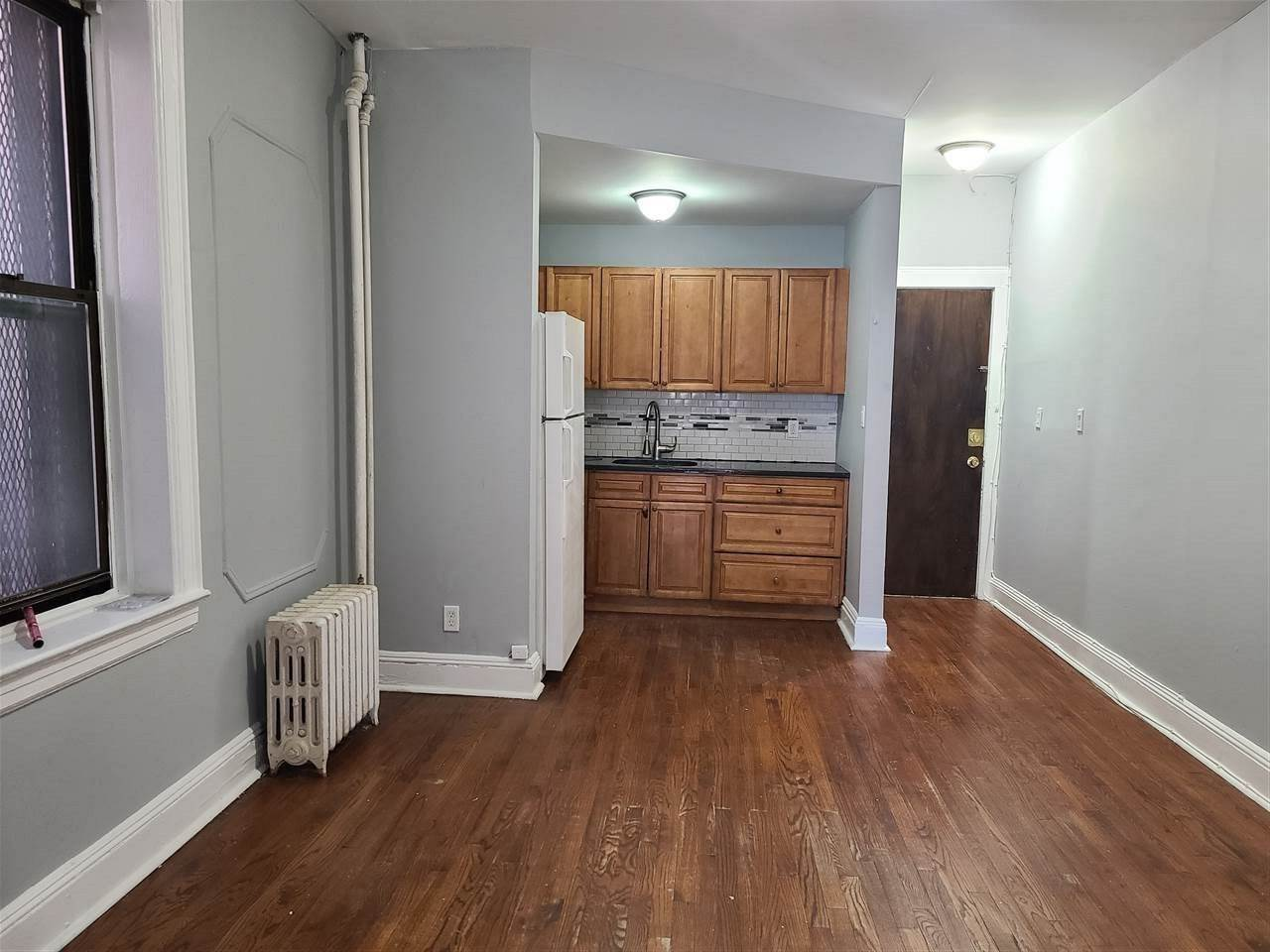 2. Condominiums for Rent at 124 Streetorms Avenue #2G Jersey City, New Jersey 07306 United States