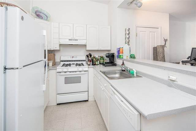 2. Residential for Rent at 205 York Street #2 Jersey City, New Jersey 07302 United States