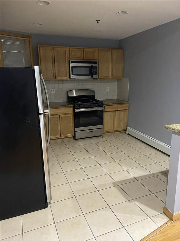 3. Apartments for Rent at 391 Central Avenue #2 Jersey City, New Jersey 07307 United States