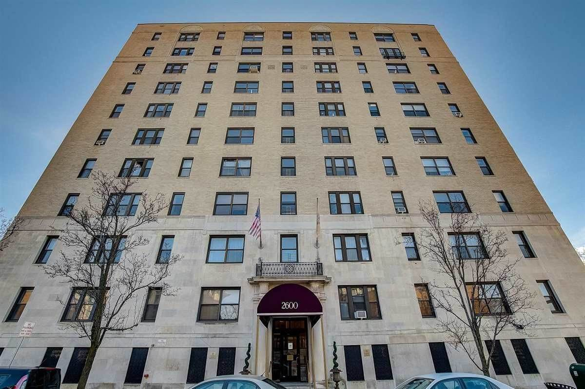 Residential for Rent at 2600 Kennedy Boulevard Jersey City, New Jersey 07304 United States