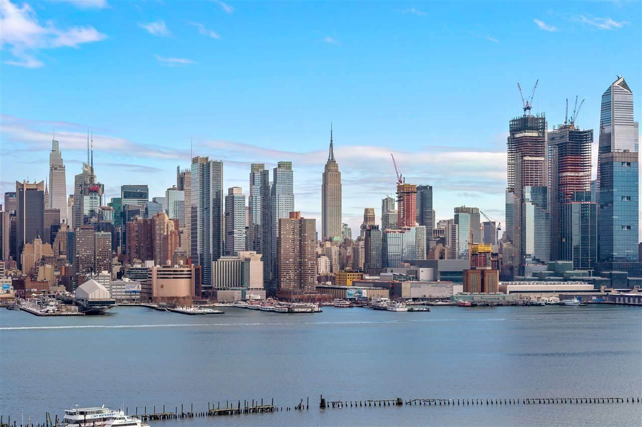 15. Apartments for Rent at 43 Liberty Place #2 Weehawken, New Jersey 07086 United States