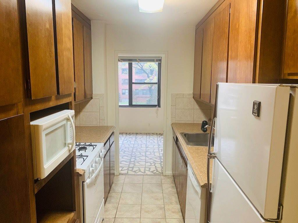 5. Residential for Rent at 201 Street Pauls Avenue #N Jersey City, New Jersey 07306 United States