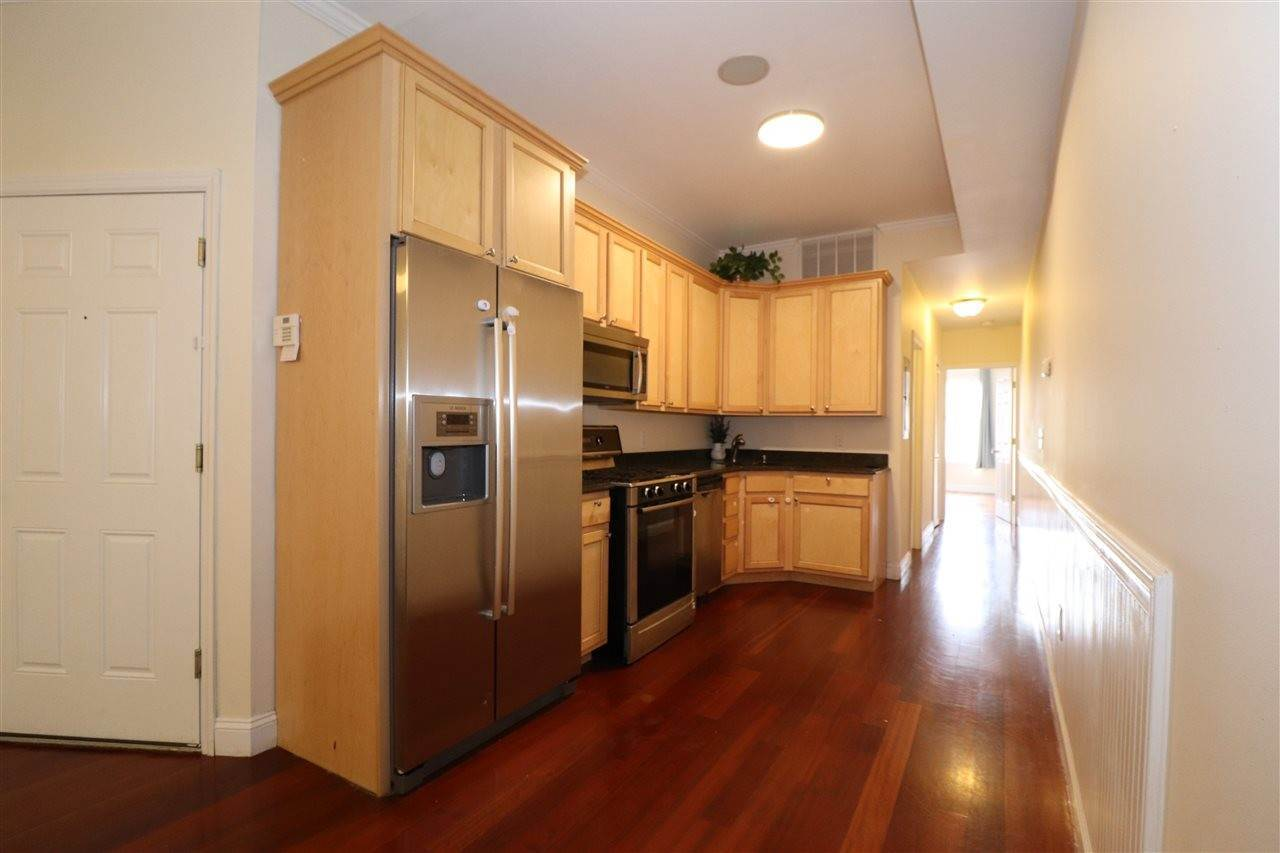 2. Residential for Rent at 102 Fleet Street #2L Jersey City, New Jersey 07306 United States