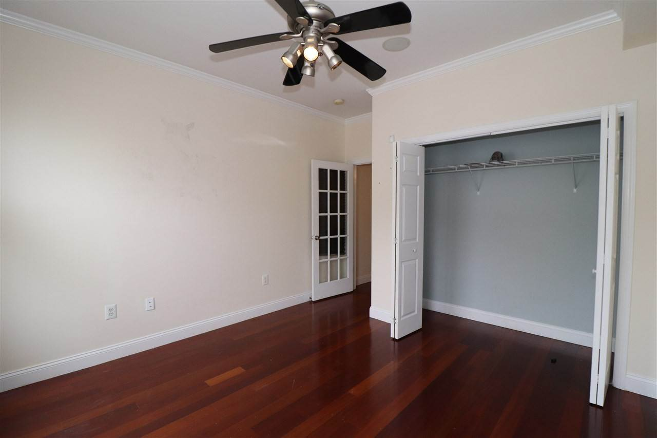 7. Residential for Rent at 102 Fleet Street #2L Jersey City, New Jersey 07306 United States
