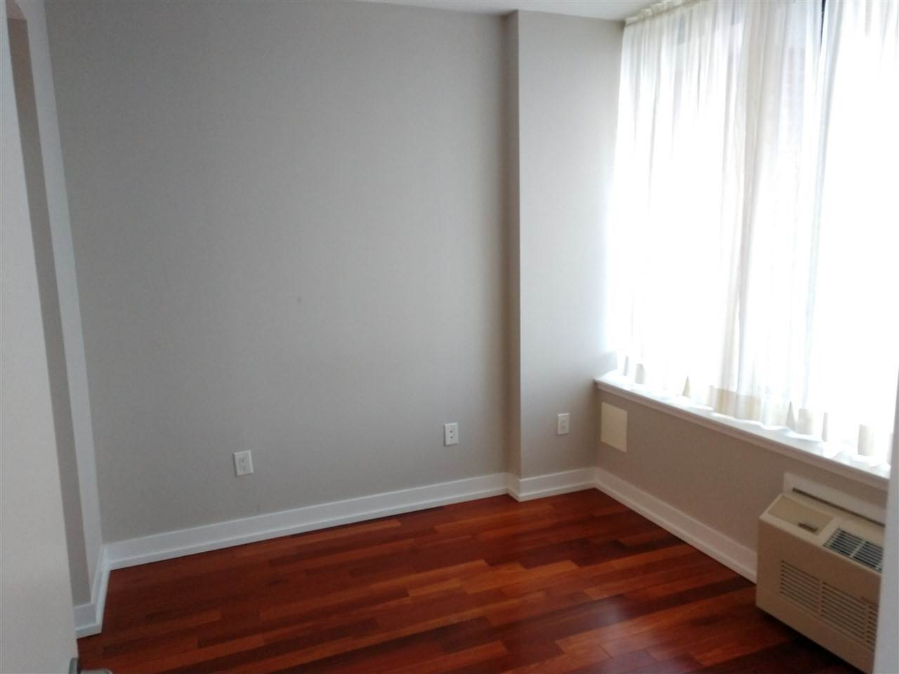 6. Residential for Rent at 389 Washington Street #9d Jersey City, New Jersey 07302 United States