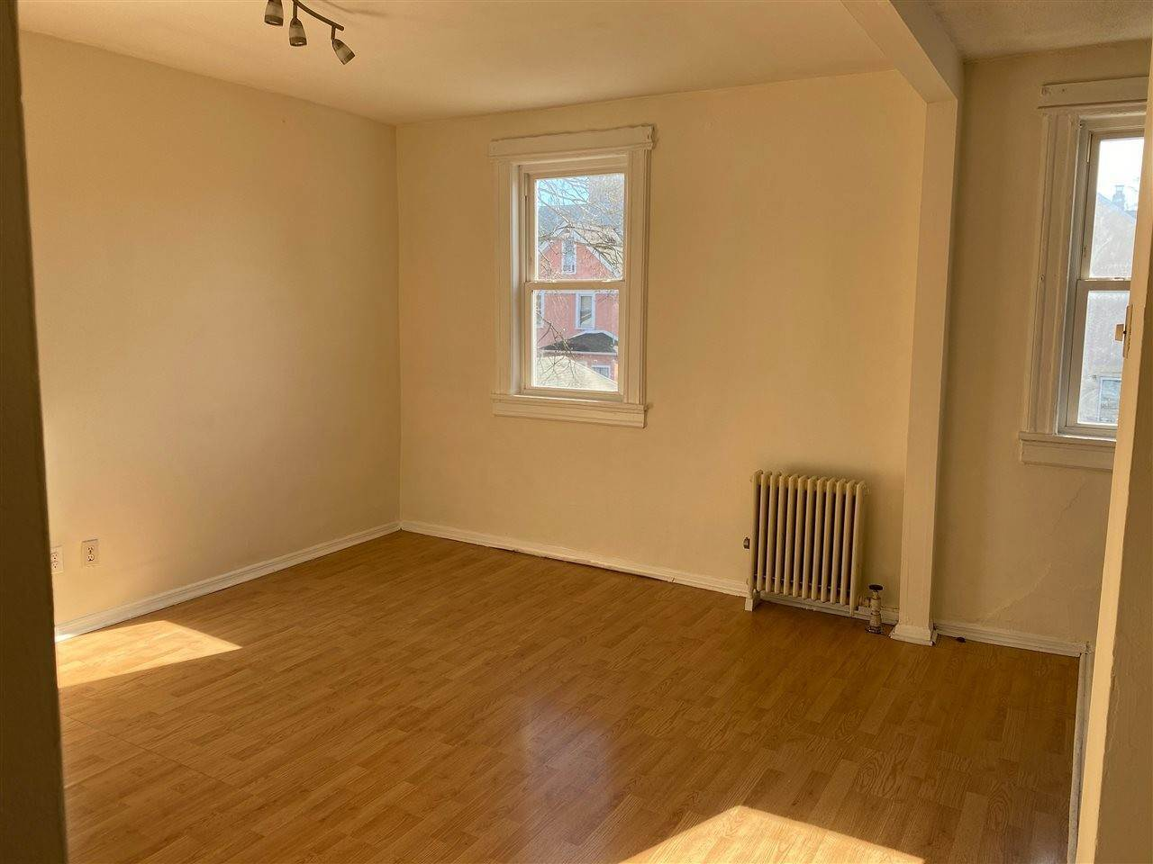 4. Residential for Rent at 407 78th Street North Bergen, New Jersey 07047 United States