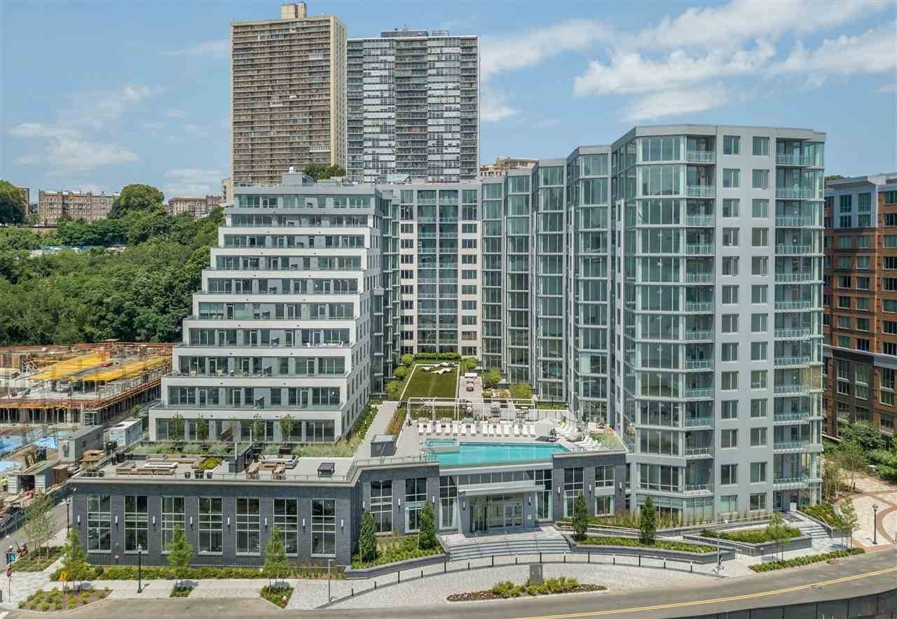 8. Condominiums for Rent at 9 Avenue At Port Imperial #110 West New York, New Jersey 07093 United States