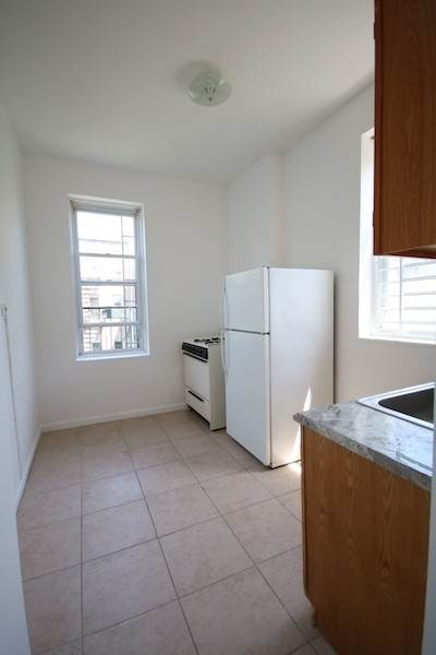 10. Residential for Rent at 310 28th Street #4 Union City, New Jersey 07087 United States