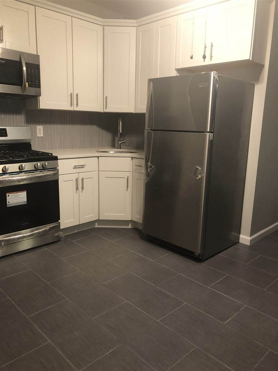 3. Residential for Rent at 595-597 Kennedy Boulevard #3 Bayonne, New Jersey 07002 United States