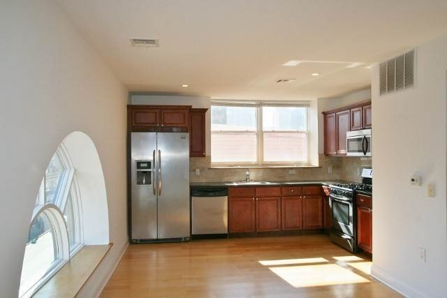 2. Residential for Rent at 769 Montgomery Street #301 Jersey City, New Jersey 07306 United States