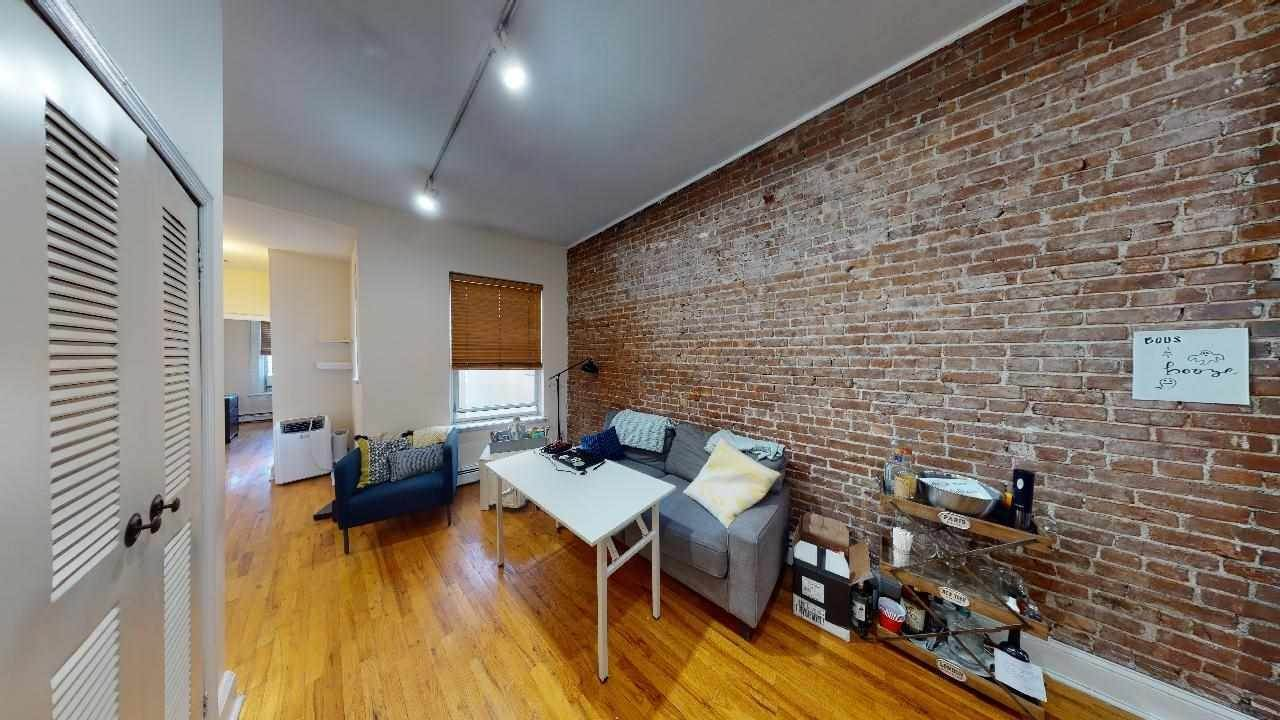 Residential for Rent at 915 Garden Street #5-R Hoboken, New Jersey 07030 United States