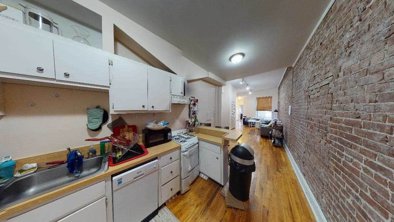 2. Residential for Rent at 915 Garden Street #5-R Hoboken, New Jersey 07030 United States