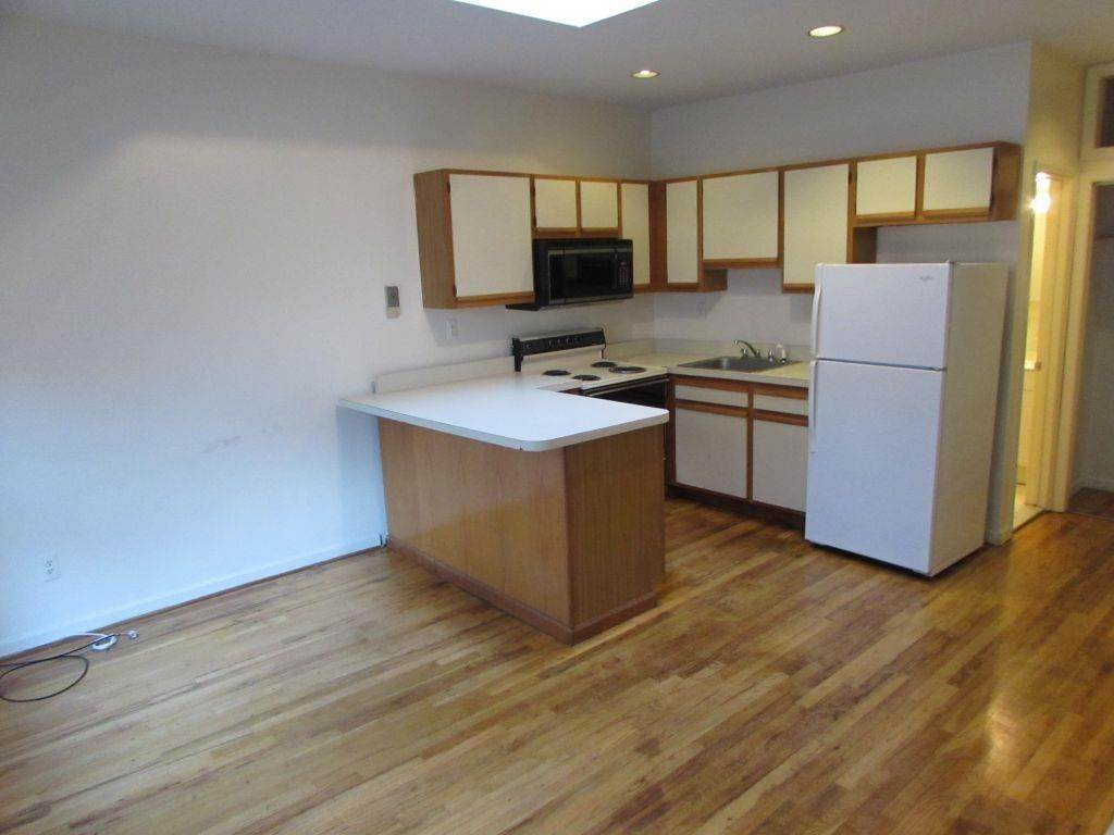 5. Residential for Rent at 354 1st Street #3r Hoboken, New Jersey 07030 United States