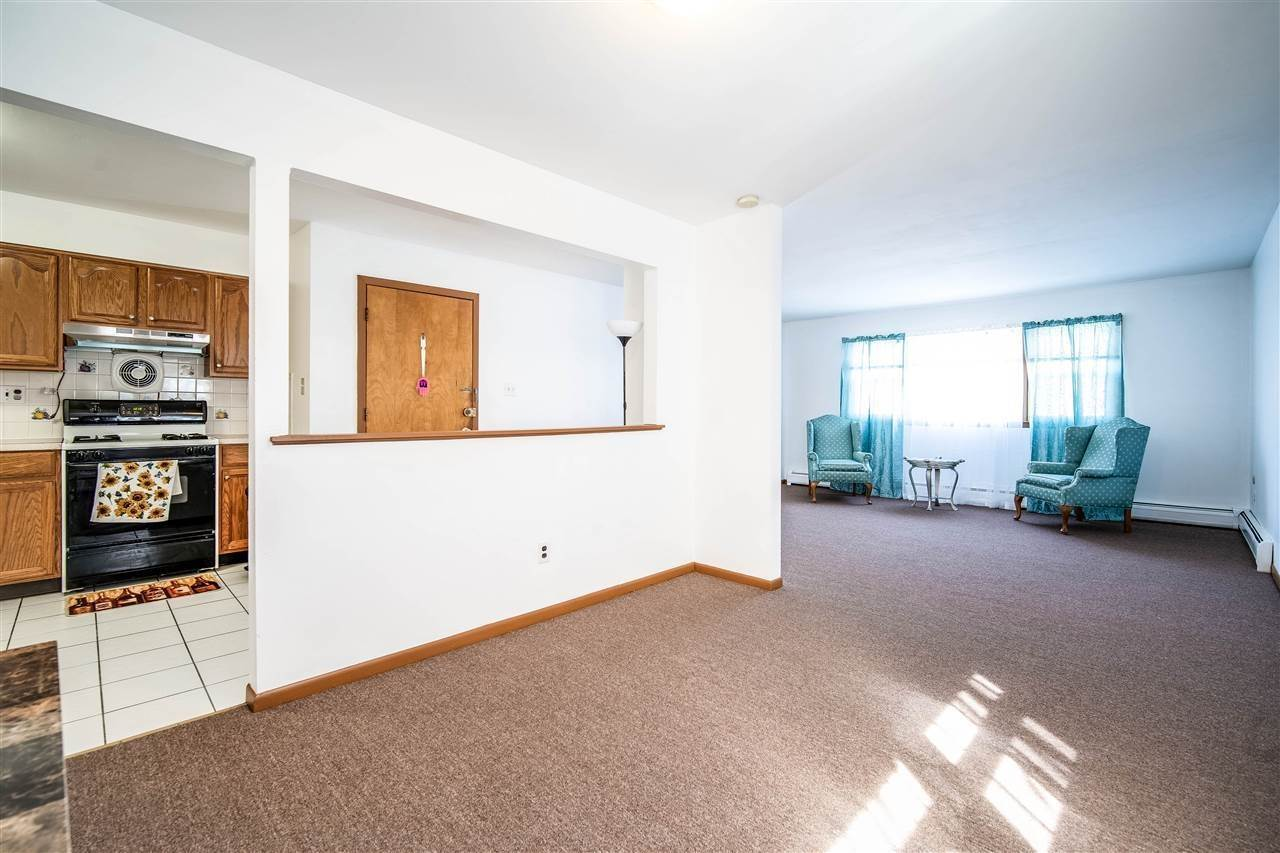 2. Residential for Rent at 205 5th Street #2 Jersey City, New Jersey 07302 United States