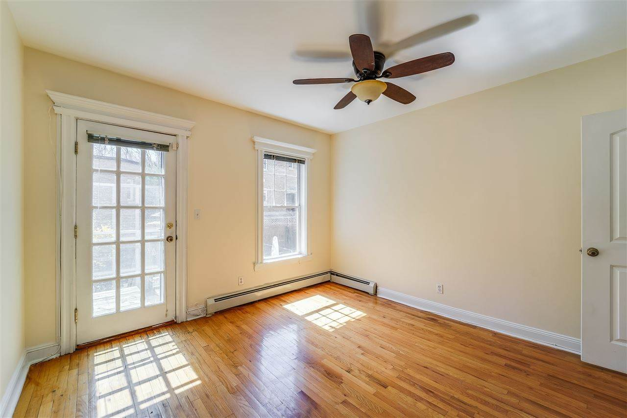 5. Residential for Rent at 345 7th Street #1L Jersey City, New Jersey 07302 United States