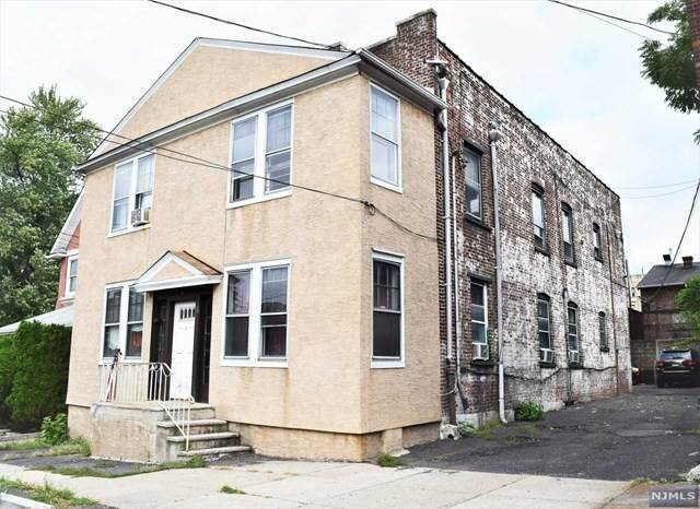 Multi-Family Homes for Sale at 11 Bellview Place Palisades Park, New Jersey 07650 United States